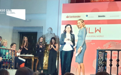 María Emilia Casas Baamonde recibe el Premio de Honor en la entrega de la I Edición de los Premios Women in a Legal World